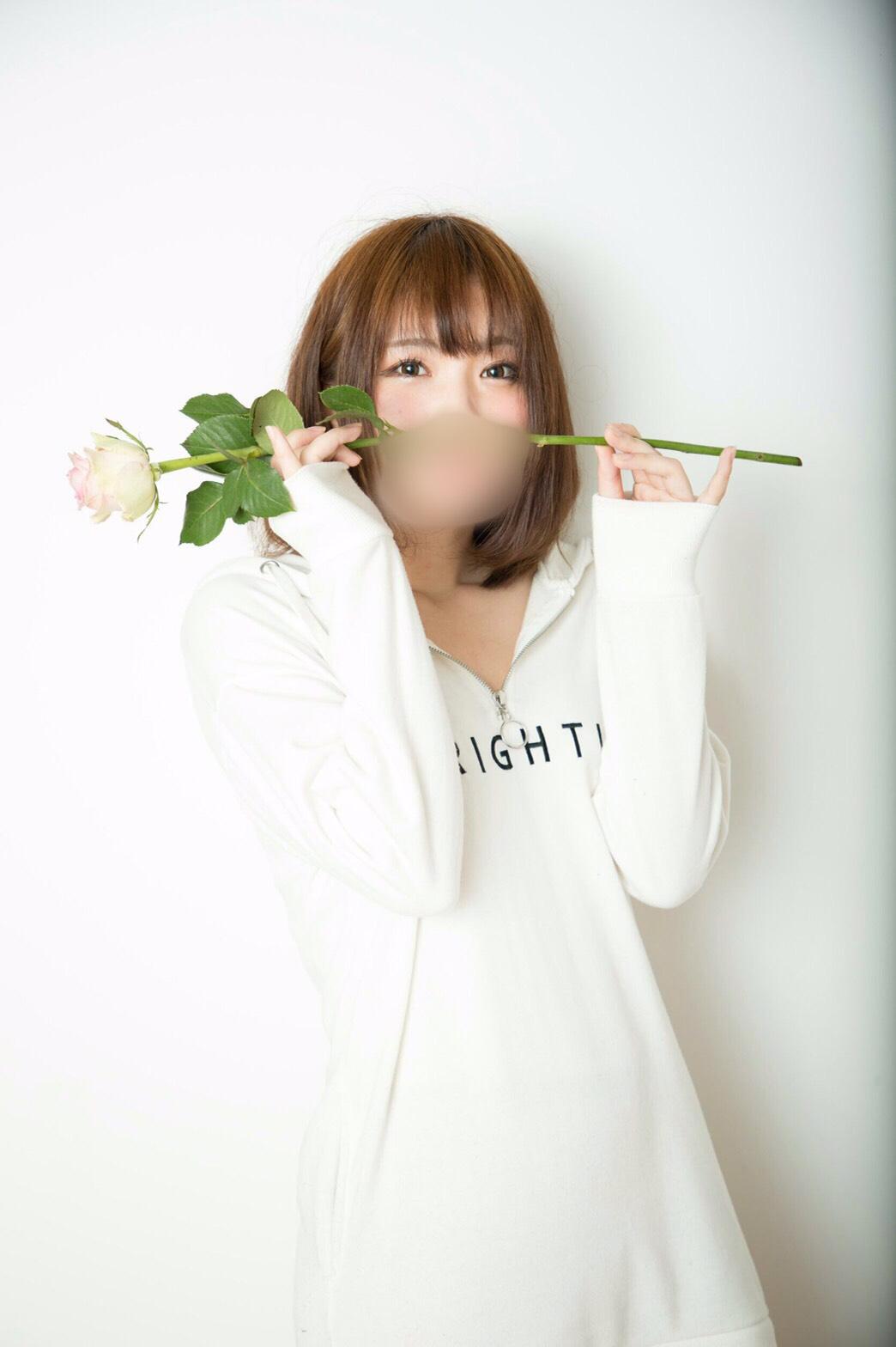 Shinjuku Escort girl Mitsu Photos